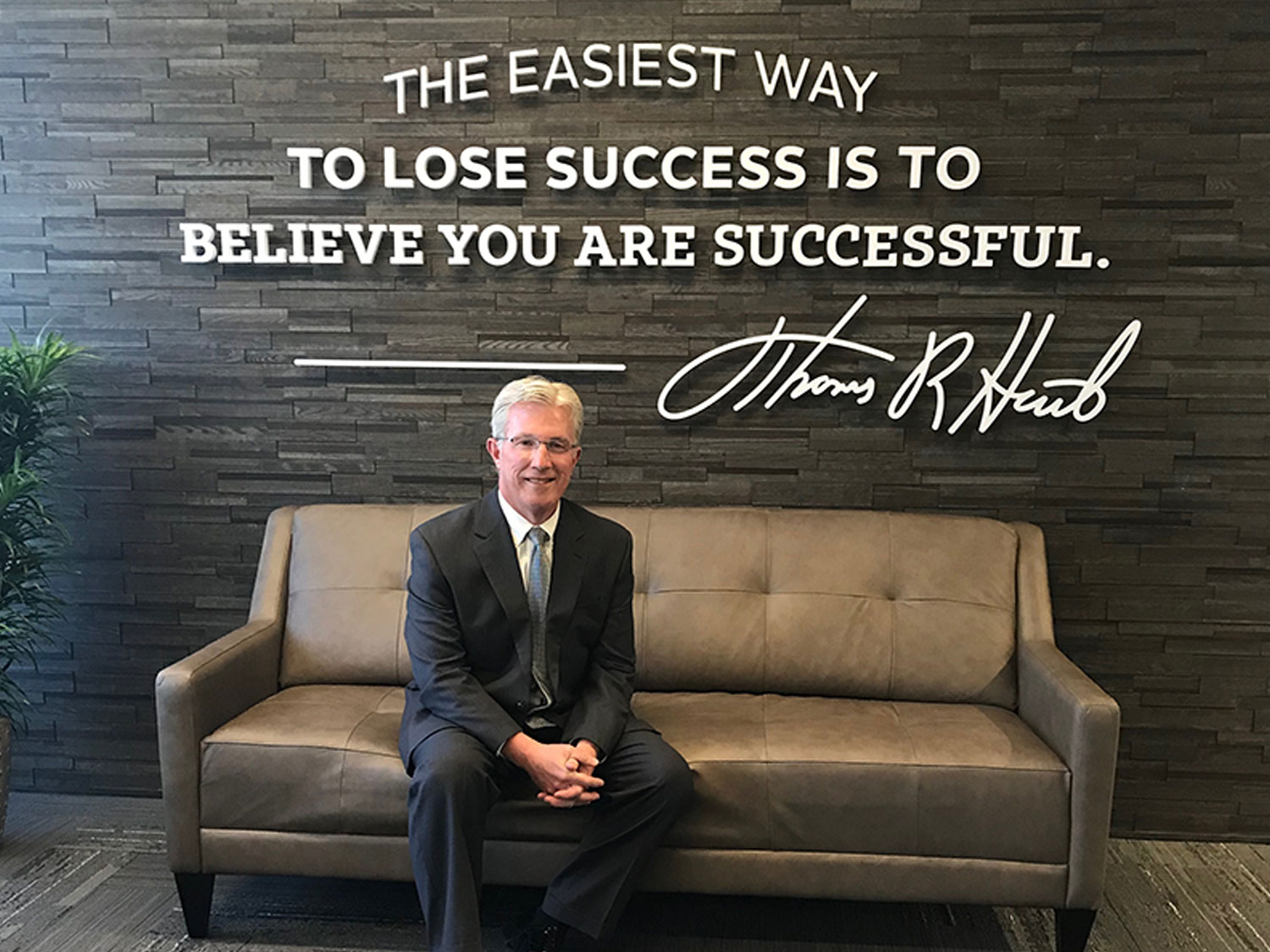 Hart Corporate Office Motivational Acrylic Wall Display