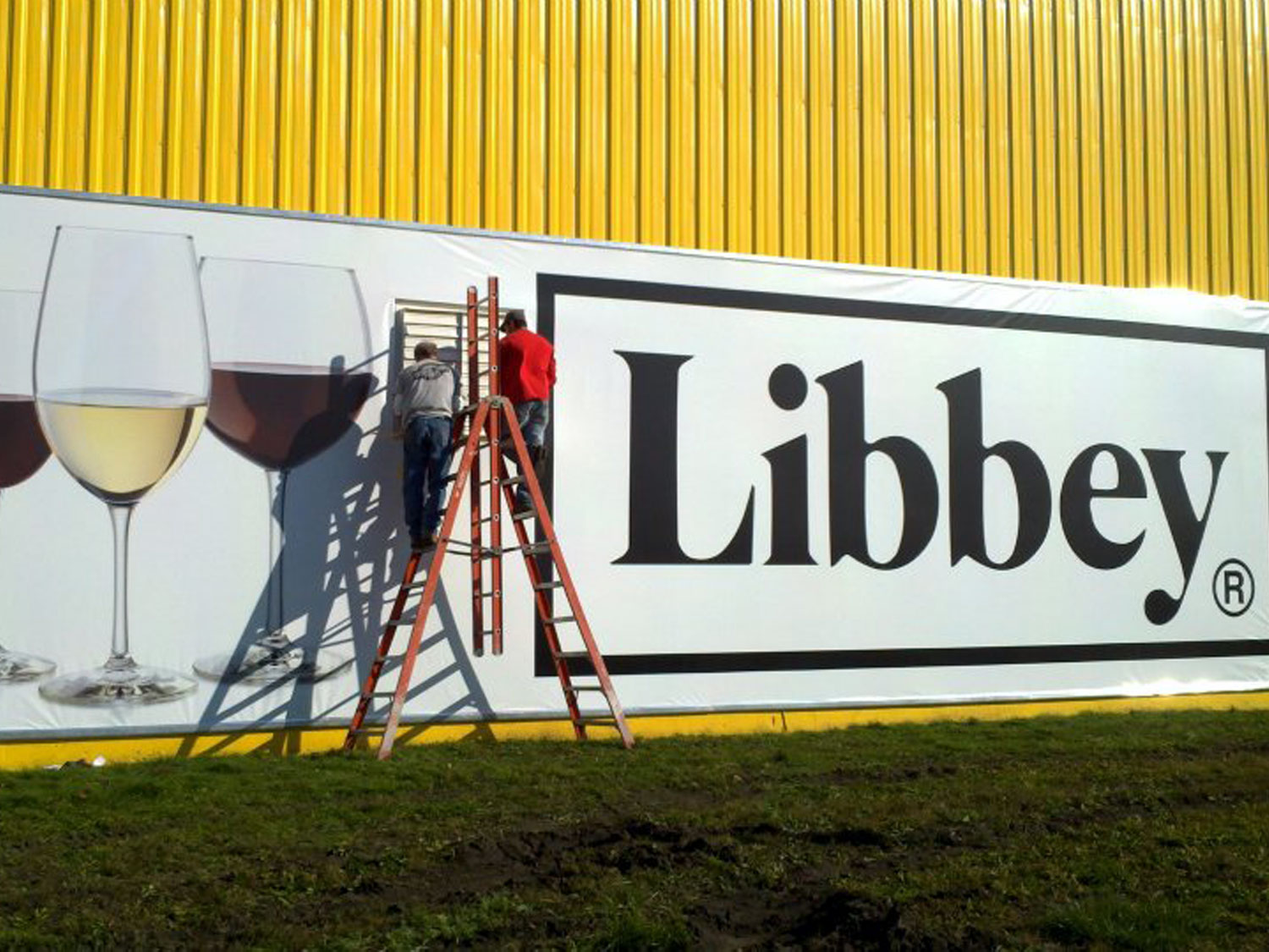 Libbey Glass Banner Installation